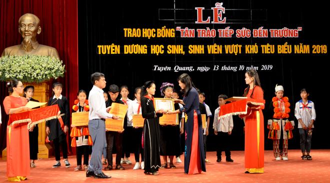 http://www.baotuyenquang.com.vn/media/images/2019/10/img_20191013123741.jpg
